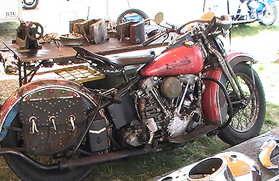 rusty red Knucklehead